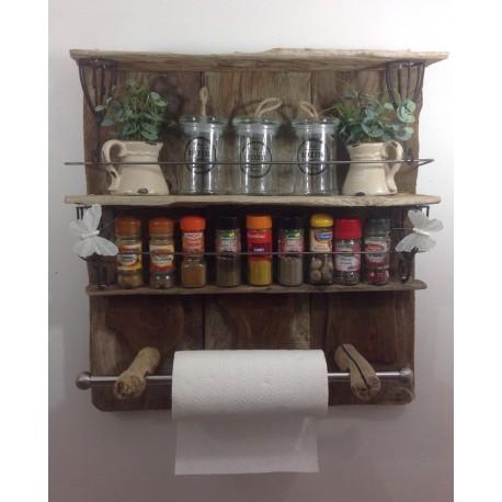 Étagère de cuisine en bois flotté