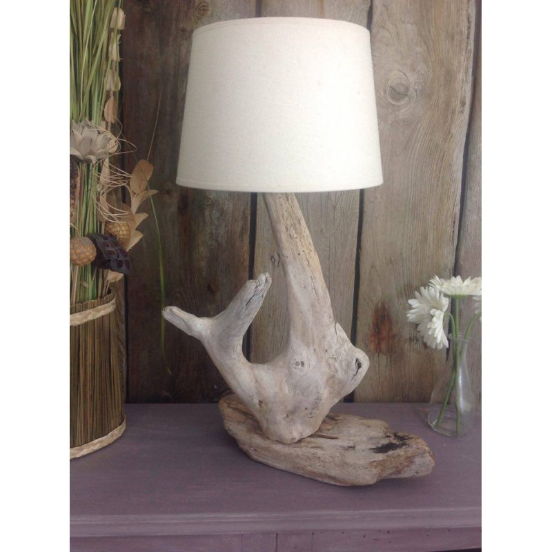 Lampe a poser en bois flott for Lampe en bois flotte creation