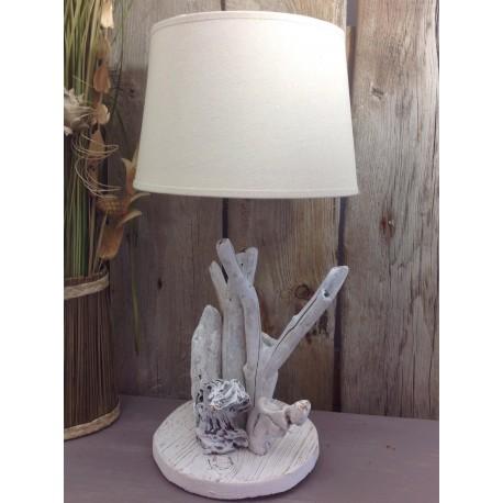 Lampe en bois flotté cocooning