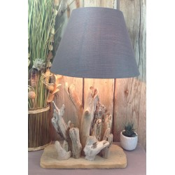 Lampe en bois flotté