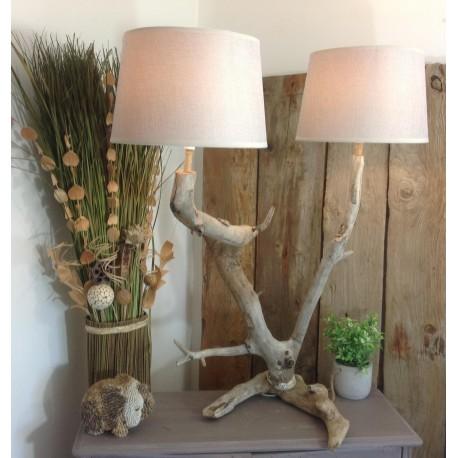 Lampe en bois flotté double abat-jour