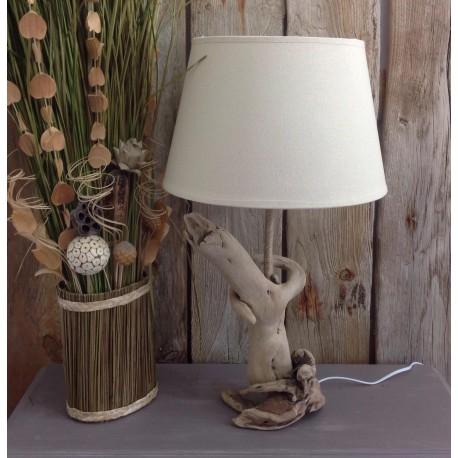 Lampe en bois flotté modèle unique