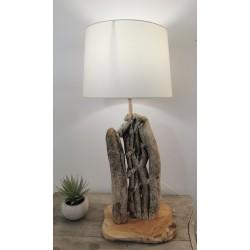 Lampe en bois flotté style tressé